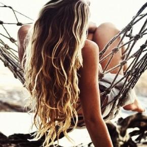 Секреты по уходу за волосами летом