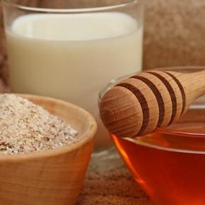 Домашние маски из мёда для жирной и сухой кожи лица