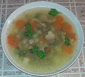 Уха (рыбный суп) из сазана